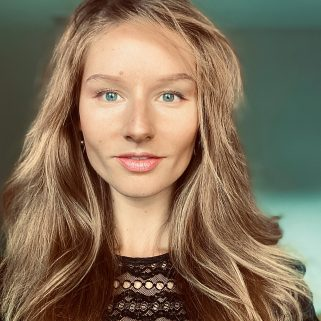 Alexandra Ackert-Smith